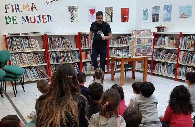 Las 'Tardes de cuento' llegan este verano a la Biblioteca Pública de Valdepeñas