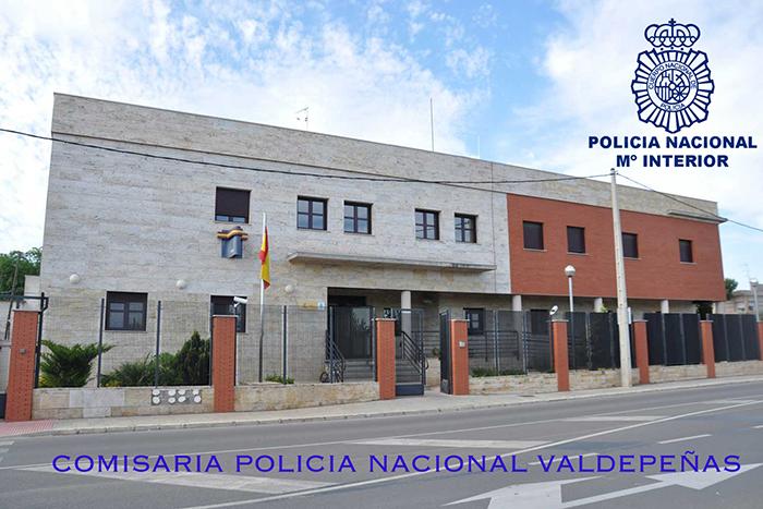 La Policía Nacional detiene in situ a una pareja que trataba de robar a un empresario por el «método del pinchazo» en Valdepeñas