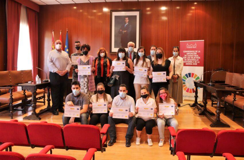 'Promueve VI' forma en Manzanares a catorce personas en servicios de restaurante y alérgenos e intolerancias