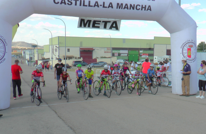 El Club Ciclista Valdepeñas celebra el XLI Trofeo San Juan