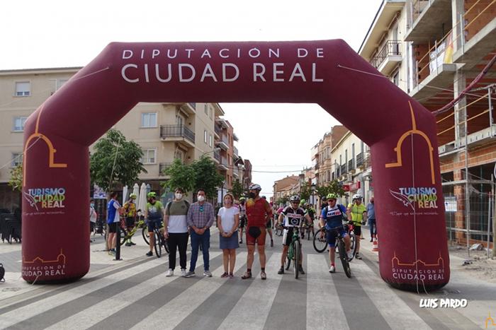 Almadén y Calzada abren el calendario de rutas cicloturistas promovidas por el proyecto 'Geoparque Volcanes de Calatrava Ciudad Real'