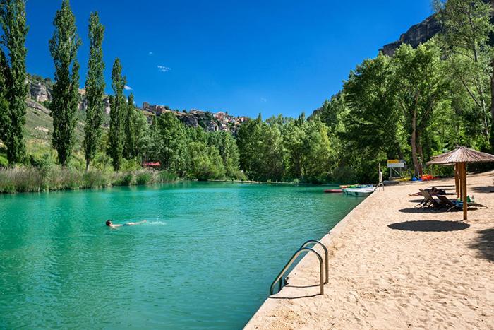 Castilla-La Mancha cuenta con 35 zonas oficialesde baño autorizadas para disfrutar de sus parajes naturales