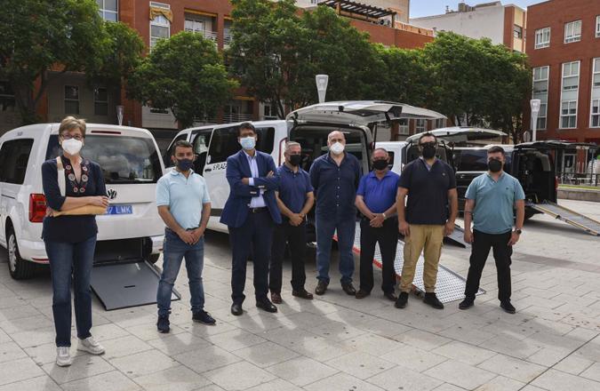 Cinco taxistas de la provincia adaptan sus vehículos gracias a la convocatoria de ayudas de la Diputación