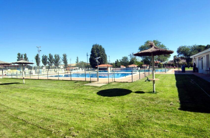 Las piscinas del Polideportivo Municipal de Viso del Marqués abren sus puertas este 26 de junio