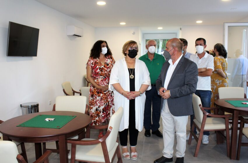 Carmen Olmedo asiste a la inauguración del nuevo Centro de Ocio para mayores en Villarrubia de los Ojos