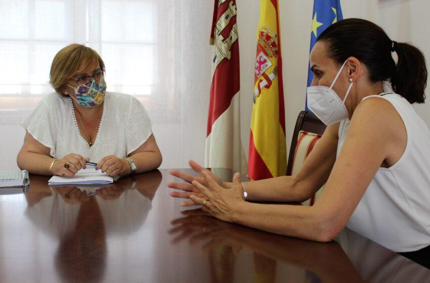 Primer encuentro institucional entre el Gobierno de Castilla-La Mancha y la nueva alcaldesa de Ciudad Real