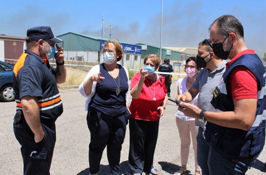 Olmedo se ha desplazado a la localidad de Almadén para conocer in situ el alcance del incendio que ha quedado controlado a las 17:30 horas
