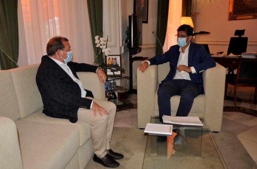 El alcalde de Puertollano, Adolfo Muñiz se reúne con el presidente de la Diputación