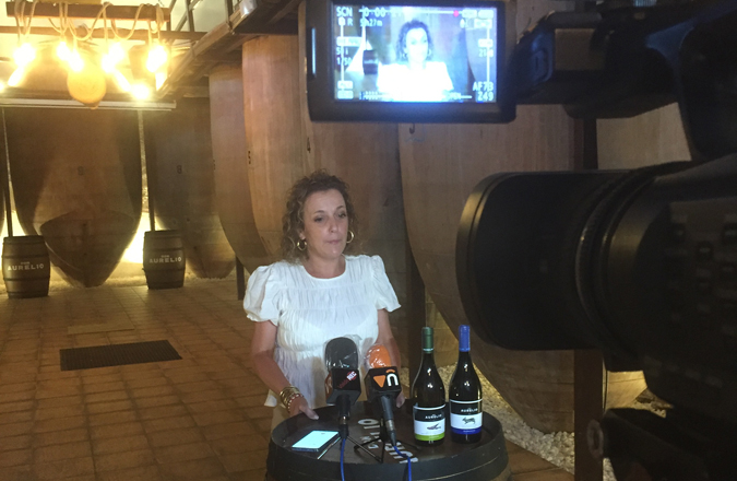 Ana Belén Navarro: «Que Las Notas del Vino aúnen vino, música y solidaridad es algo muy bonito»