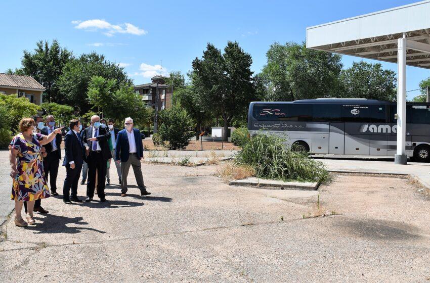 El consejero de Fomento, Nacho Hernando ha visitado Manzanares