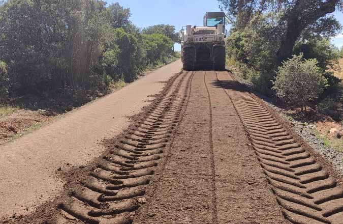 El Ayuntamiento de Santa Cruz de Mudela arregla cinco caminos rurales de la localidad gracias a la Diputación Provincial