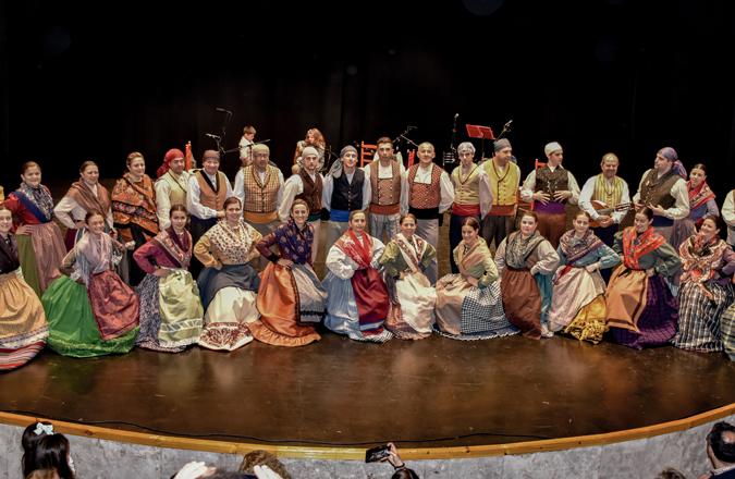 Aires de Moral celebra su X Aniversario con 12 meses de folklore