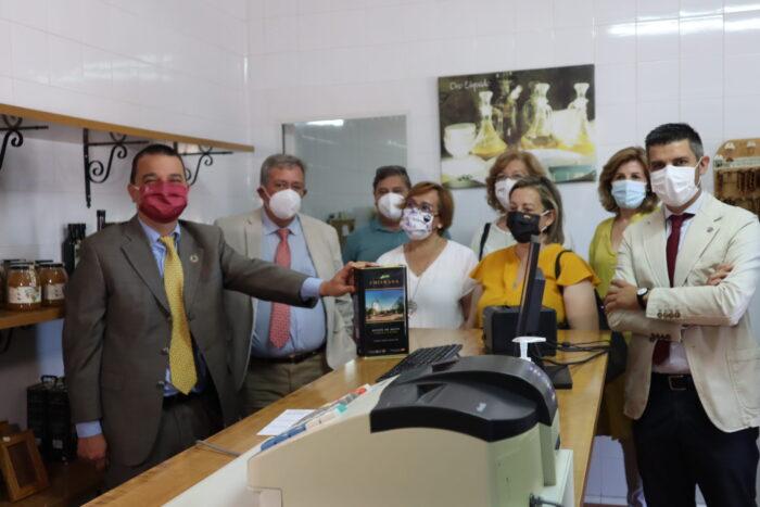 Visita a la Cooperativa del 'Santísimo Cristo de Villajos'