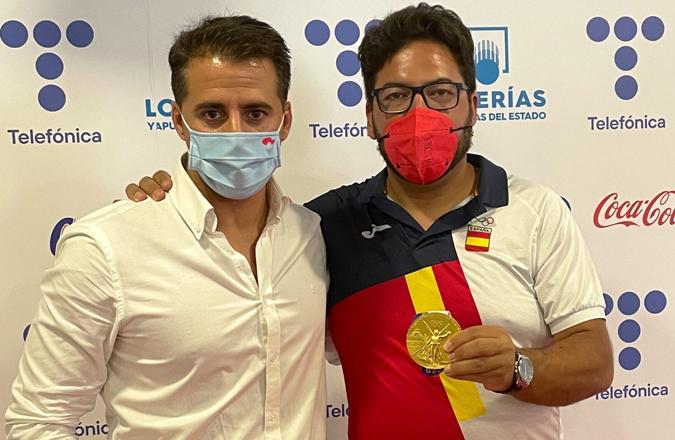 El Gobierno regional da la bienvenida, en su regreso a España, a Alberto Fernández que consiguió la medalla de oro en las Olimpiadas de Tokio