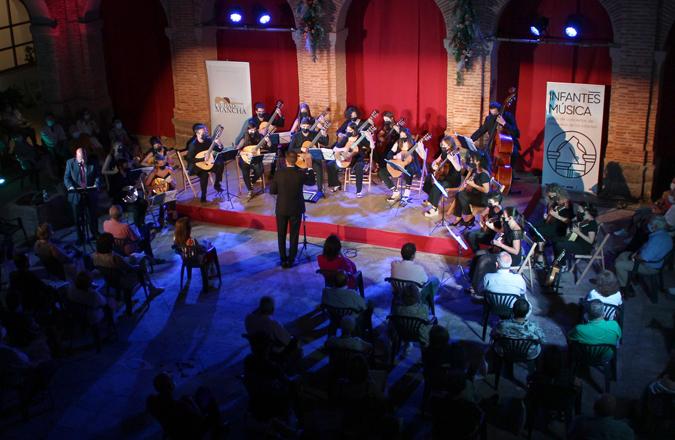 El Claustro de Santo Domingo acoge una nueva edición de Infantesmúsica
