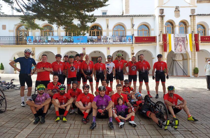 El BTT Santo Domingo  de Villanueva de los Infantes peregrina a pedales hacia la Virgen de Cortes