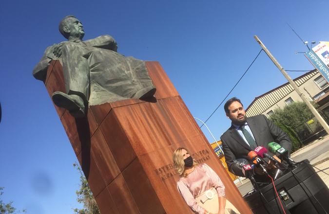 El PP celebra el I Memorial D. Esteban López Vega en homenaje a su referente alcalde de Valdepeñas