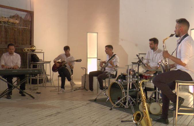 Syrah Jazz amenizó la noche en la Antigua Bodega Los Llanos