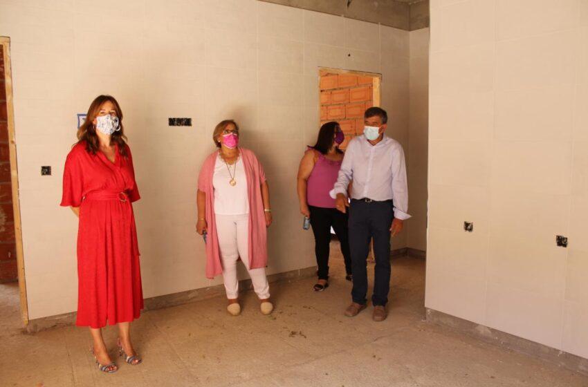 Visita institucional de la consejera de Igualdad a El Torno
