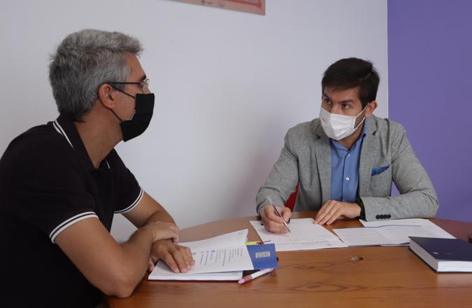 Las asociaciones empresariales respaldan el programa de inserción laboral de jóvenes cualificados en Manzanares