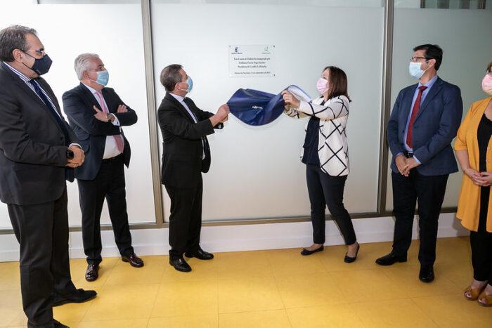 Inauguración del centro de diálisis