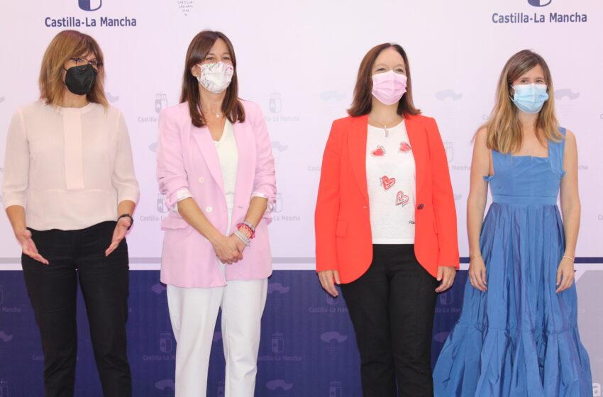 Entrega del I Premio Periodístico Luisa Alberca Lorente por la Igualdad de Género en Alcázar de San Juan