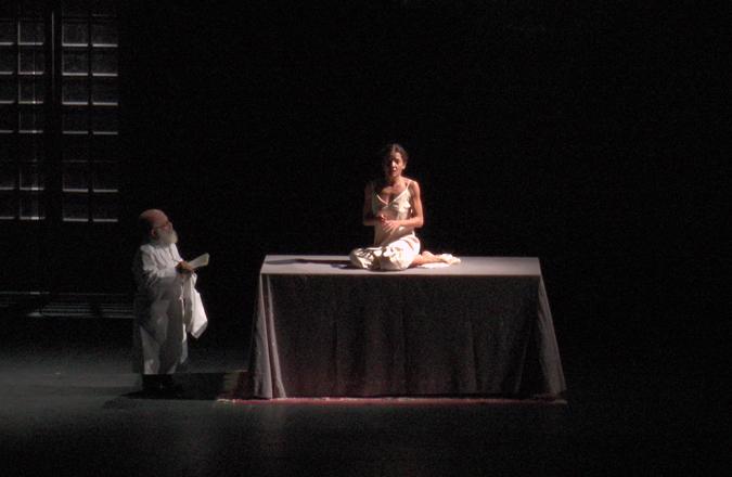 El Teatro Auditorio Fco. Nieva acogió la representación teatral «la vida es sueño»