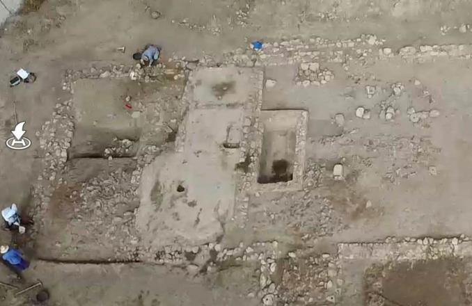 """Continúan a buen ritmo los trabajos de excavación y estudio del yacimiento arqueológico de """"El Peral"""""""